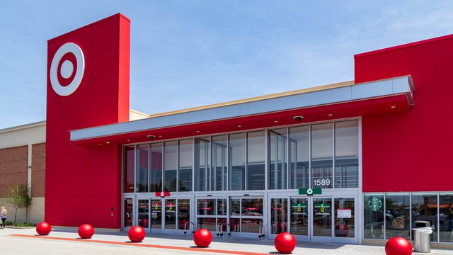 Target emphasises one-hour collections in peak war with Amazon